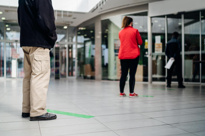Надежды на «зеленый паспорт» тают — в ЕС выступают против