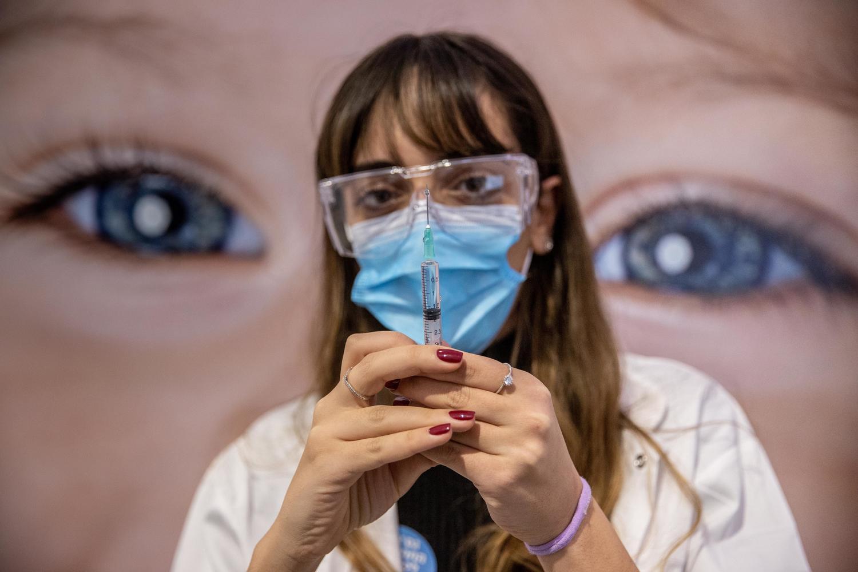 Минздрав отчитался об итогах первого тура вакцинации в Израиле