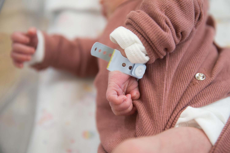 Борьба за жизнь матери и младенца в коронавирусном отделении больницы «Бейлинсон»