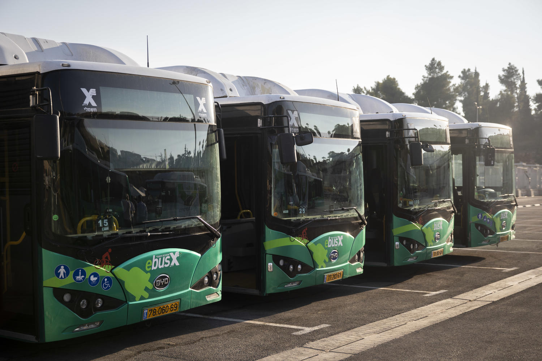 Транспорт-2020 в Израиле: ездят меньше, но ждут по-прежнему долго
