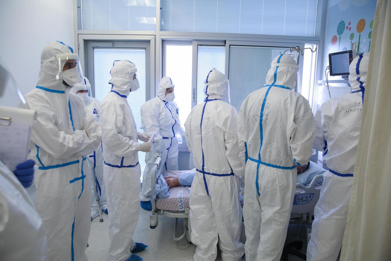 «Детское» осложнение коронавируса обнаружено у 10 вакцинированных взрослых
