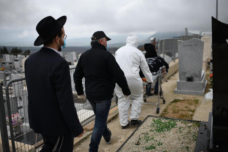 Смертность в Израиле выросла на 10 процентов из-за коронавируса