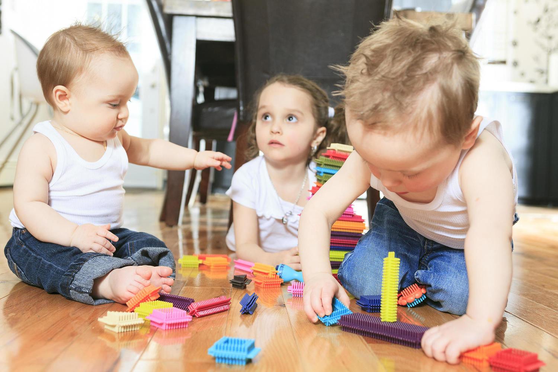 «Авторская методика» в детском саду: детей раздевали и вставляли пальцы в задний проход