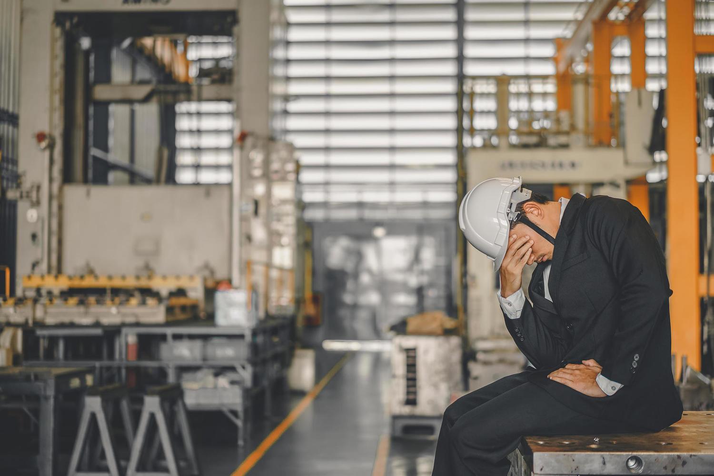 Генеральный директор Службы занятости грозится отнять пособия по безработице