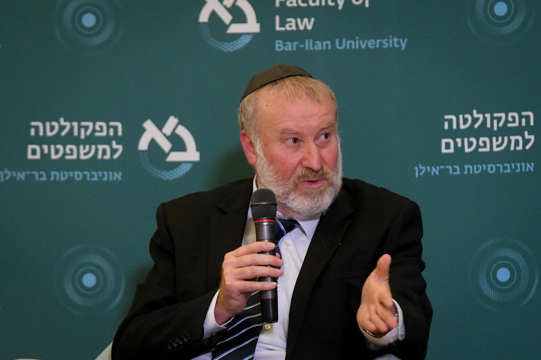 Мандельблит требует от Нетанияху немедленно назначить министра юстиции