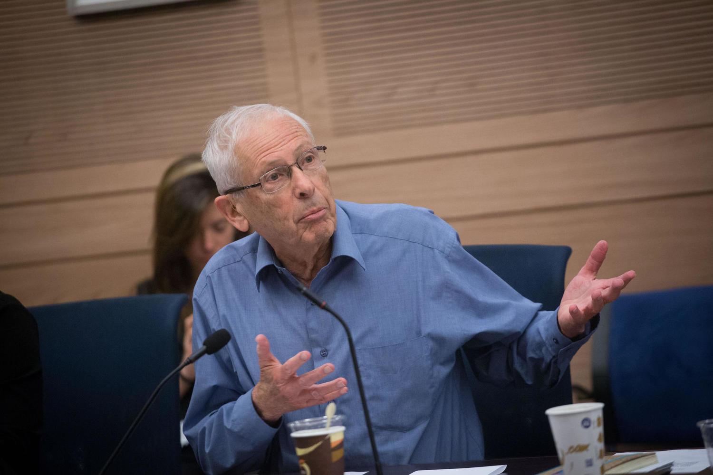 Бени Бегин выведет Израиль из политического тупика?