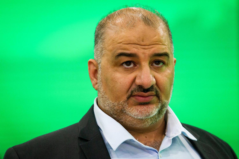 Мансур Аббас.
