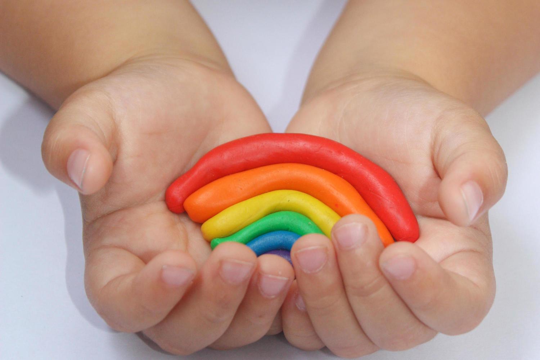 Заведующая детским садом в Беэр-Яакове находится под гомофобной атакой