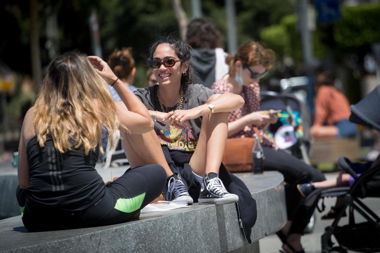 первый день без масок в Тель-Авиве, 22 апреля