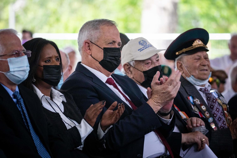 министр обороны Ганц на церемонии в честь Дня Победы