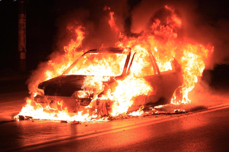 В Хайфе полыхали полицейские машины и квартал ультраортодоксов