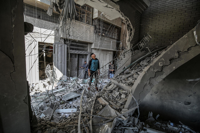 руины «Исламского национального банка» в Газе после налета ВВС ЦАХАЛа