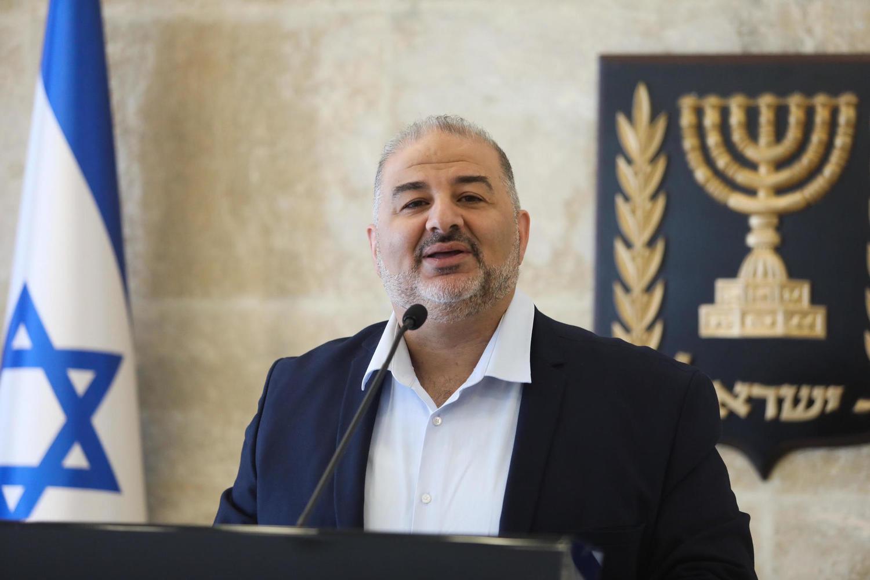 Мансур Аббас обещает восстановить сожженную синагогу: «Ислам запрещает вредить святым местам»