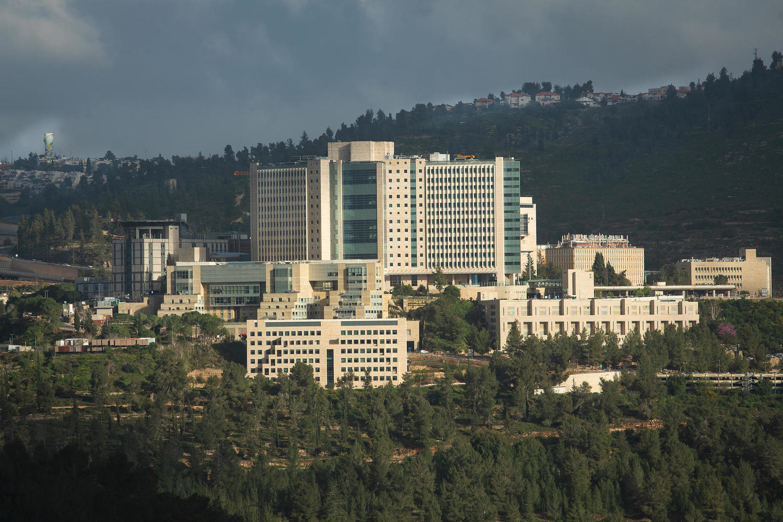 Государственные больницы бойкотируют церемонию награждения медиков после года коронавируса