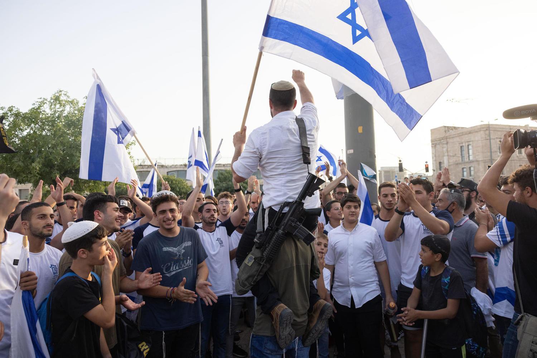 Новая попытка поджечь Иерусалим? Правые проводят марш с флагами