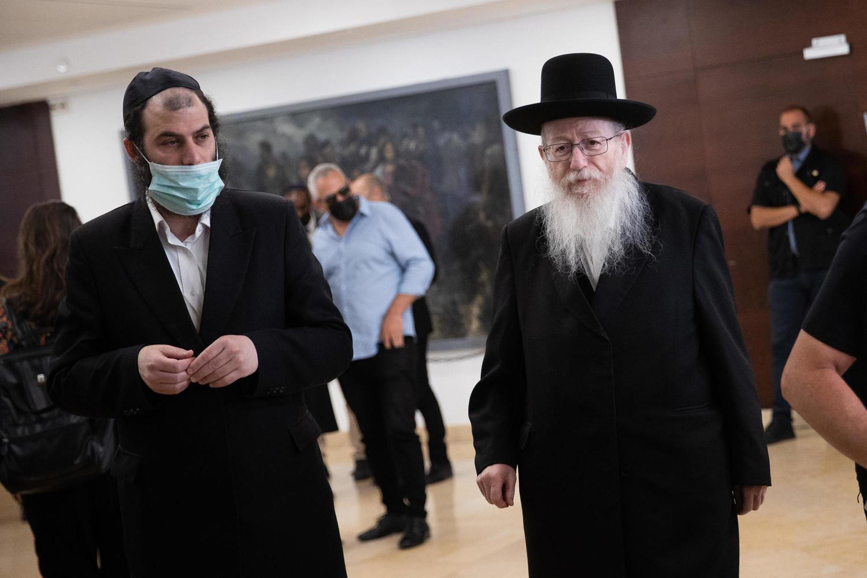 Яаков Лицман и его помощник Моти Бабчик