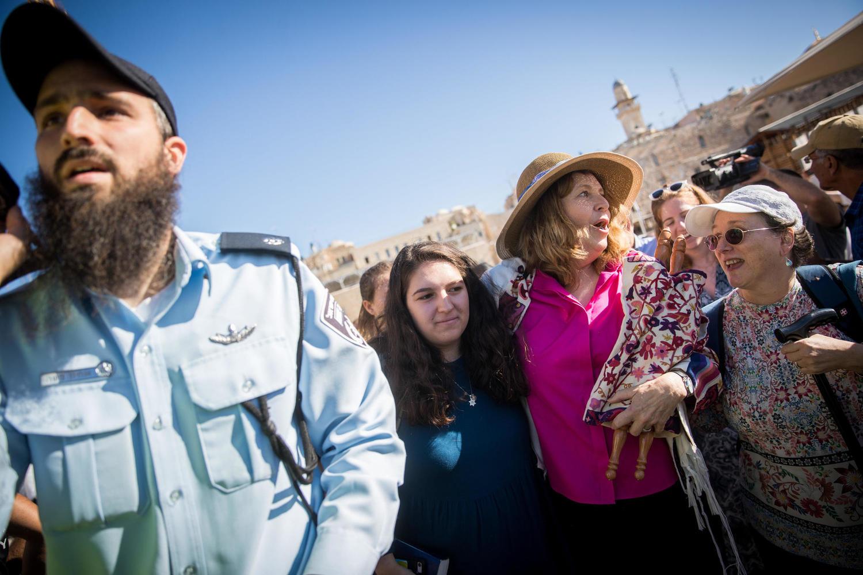 Ультраортодоксы снова сорвали молитву «Женщин Стены»