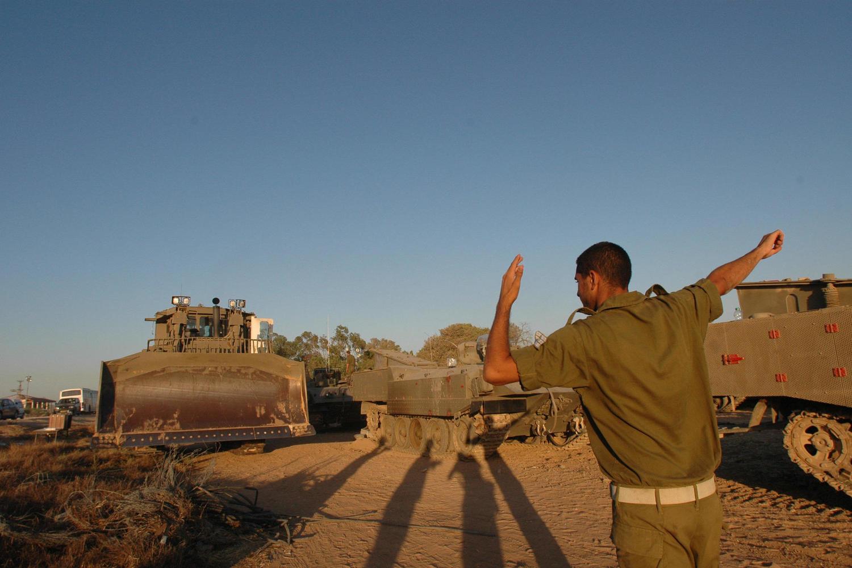Бойцы ЦАХАЛ пресекли очередное ограбление военной базы в Негеве: четверо бедуинов арестовано