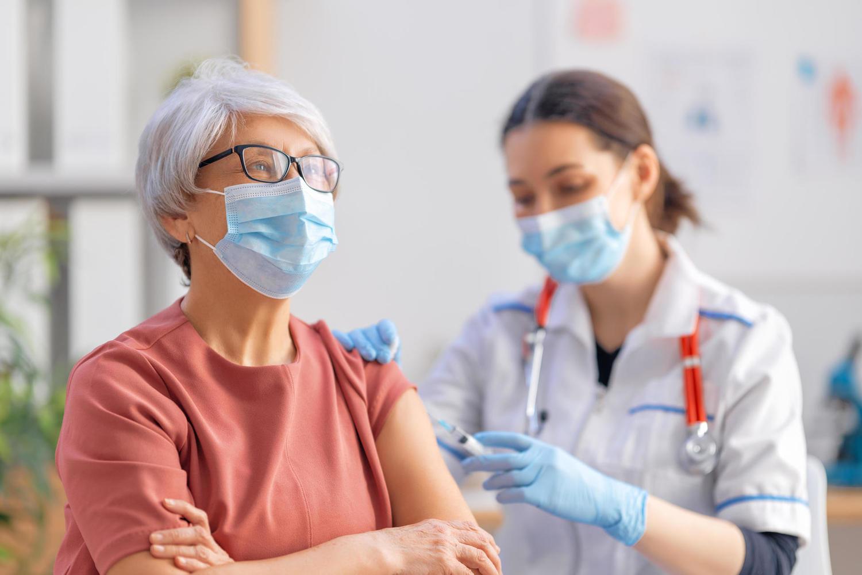 Смертность от коронавируса увеличивается из-за новых штаммов