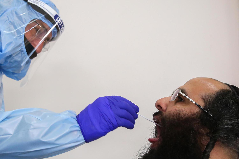 Минздрав передумал сажать на карантин вакцинированных и переболевших
