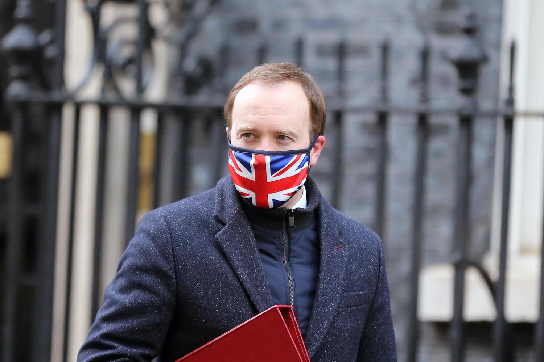 Британцы отправили в отставку министра здравоохранения «за лицемерие»