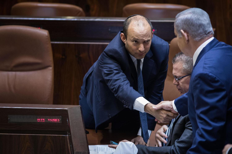 Опрос: 48% израильтян осуждают Нетаниягу за провал закона о гражданстве