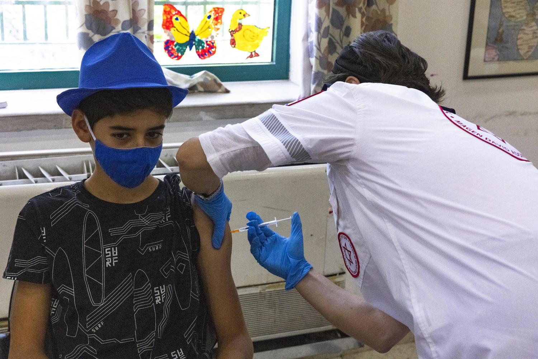 Вакцинация подростка
