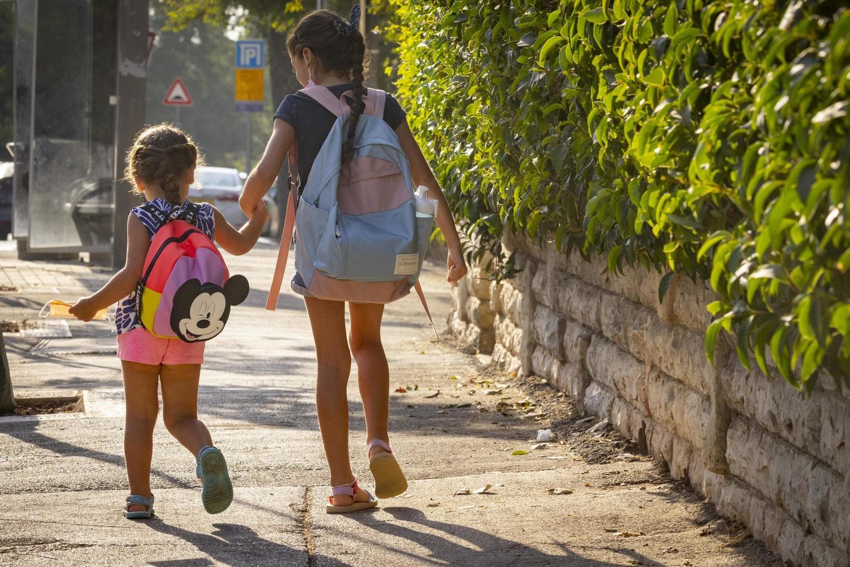 425 тысяч учеников не вернулись вчера в израильские школы