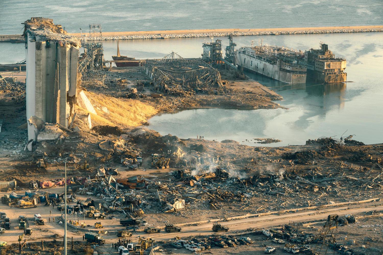 последствия взрыва в порту Бейрута.