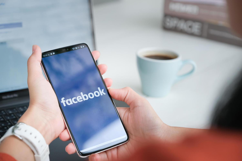 Торговля наркотиками и домогательства к несовершеннолетним: расследование против Facebook и Instagram