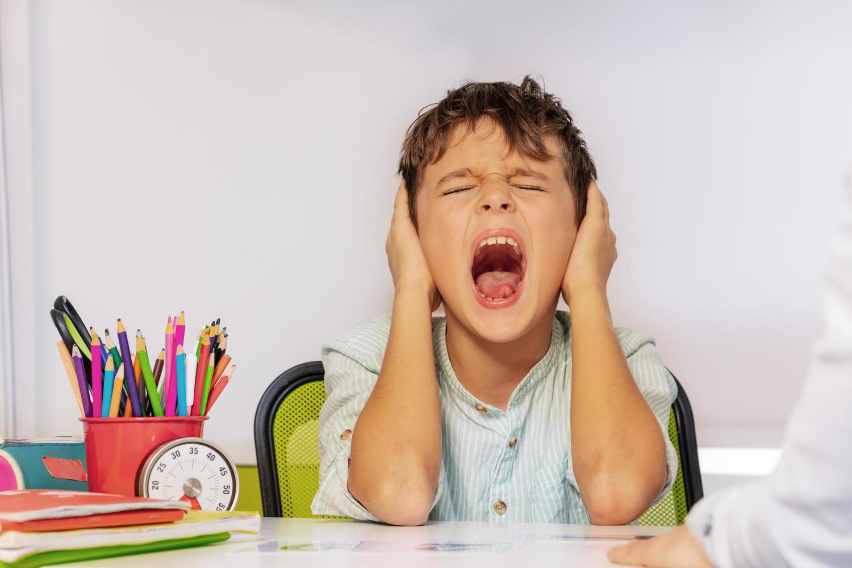 Причиной аутизма может стать сильная инфекция в раннем детстве