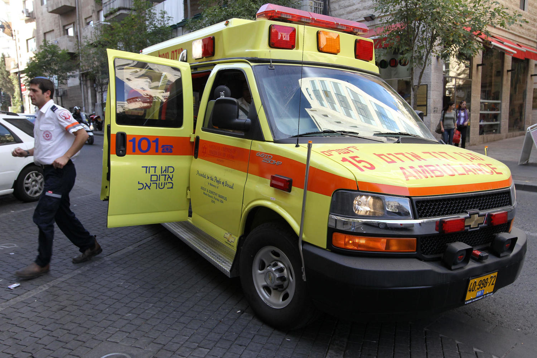Трагедия в Шароне: годовалая девочка умерла после долгих часов в закрытой машине