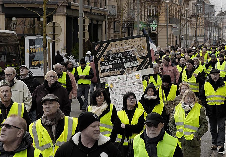 «Желтые жилеты»: «У богатеев нашлись денежки на Notre-Dame? Раздать бедным!» - Real estate